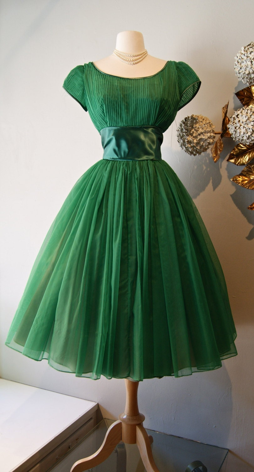 Vintage 1950s Bottle Green Party Dress With Full Skirt and Cap