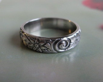 Sterling Silver Ring Band, Floral Pattern Ring, Handmade Sterling Silver Jewelry, Unisex Ring, Wedding Band