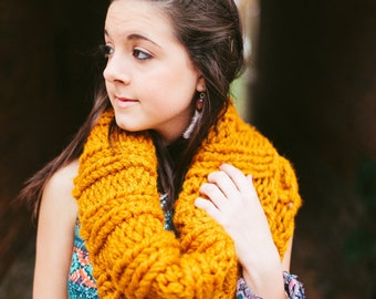 Butterscotch Extra Chunky Cowl