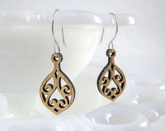 Aviron Earrings in bamboo