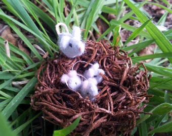 Tiny Mouse Nest - miniature felt mouse nest - mother and baby set by Moss Mountain