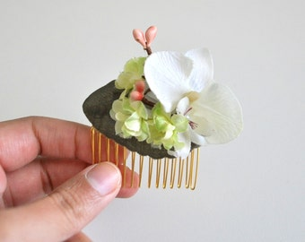 White Orchid Hair Comb, Floral Hair Fascinator, Woodland Wedding, Wedding Accessory