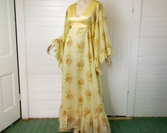 70s Gunne Sax Dress in Golden Yellow- Bell Sleeves & Empire Waist- 1970's Hippie / Boho / Festival Maxi Dress / Peasant
