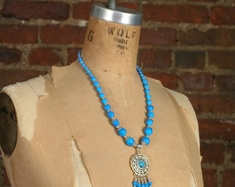 Vintage 90s Southwestern Plastic Beaded Silver Tone Necklace