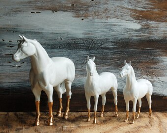 Vintage White HORSES 1960's Collectible Equestrian  White & Gold Decorative Piece Home Decor Kids Decor Office Decor Nursery