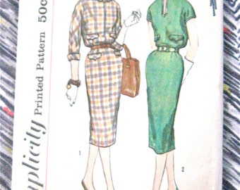Vintage 60s Simplicity 2619 Sewing Dress Pattern  Bust 32 inches