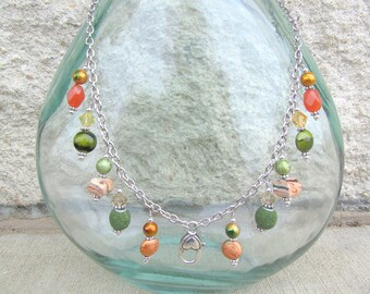 Treasure Keeper Necklace - Peas and Carrots