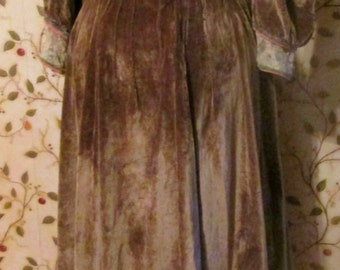 Fabulous Completely Hand Stitched Late Victorian Velvet Dress 1890s-1910s
