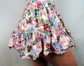 Amazing Vintage Betsey Johnson 80s Ruffled Floral Mini Skirt