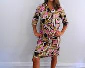 1960s  Dress ..... Vintage  60s Mod  Secretary Dress with Tie Neck  .. Op Art Print ... Size Medium