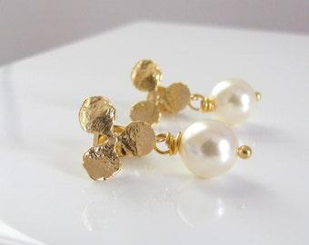 Dainty Gold Orchid Earrings, Bridesmaid Earrings, Swarovski Pearl, Pearl Drop Earring, Simple, Flower Earrings, Vintage Style, Wedding