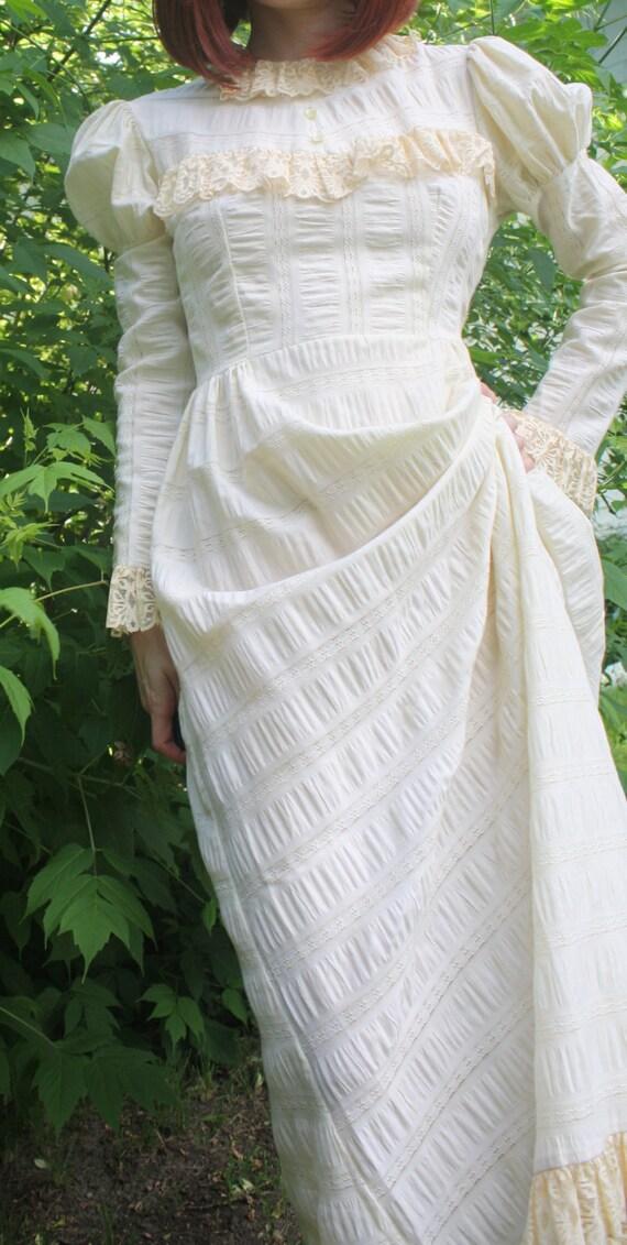 Vintage 70s Prairie Dress Ivory Lace Hippie Boho Victorian XS S
