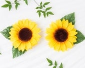sunflower hair clip- summer festival headpiece, statement, spring carnival, large oversize flower