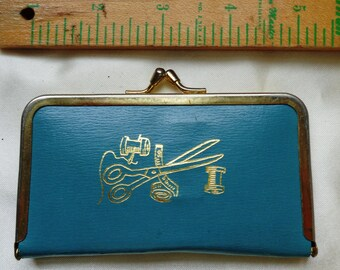 vintage Travel Case purse sewing supplies findings clasp blue gold kit