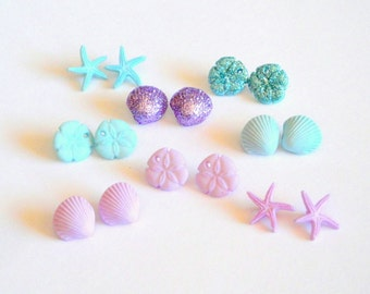 Tiny Seashell Buttons 16pc