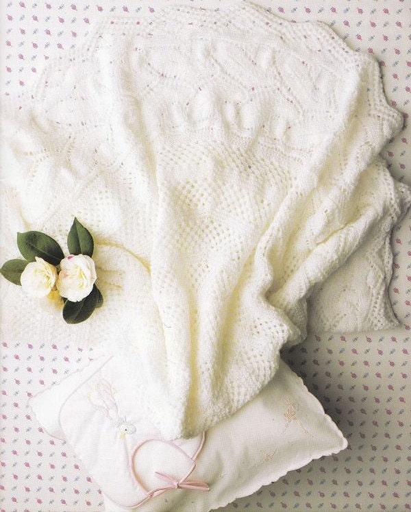 Baby Blanket Knitting Pattern Circular Needles : PDF Circular Baby Shawl Knitting Pattern by PaperButtercup