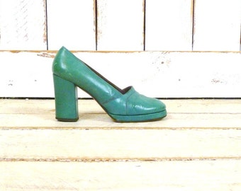 1940s vintage teal leather platform shoes/blue green heels/high heel platform shoes