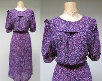 Vintage 1970s Dress / 70s Chiffon Print Ruffled Pinafore Day Dress / Small