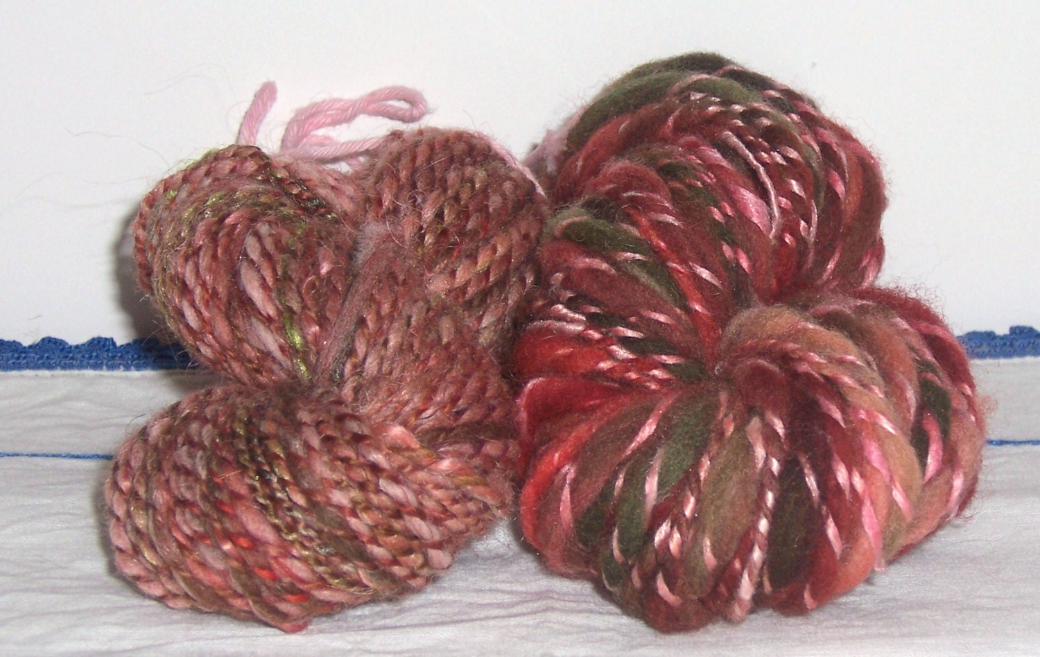 Knitting With Handspun Yarns Patterns : Handspun yarns two for one art yarn thick and thin