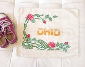 Vintage 1940's Hand Embroidered Ohio Linen Pillow Case With Roses And Leaves