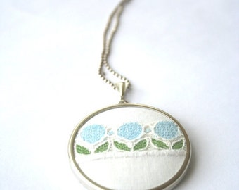 Blue and white vintage textile pendant / Silver necklace / retro flowers / sweet summer accessory