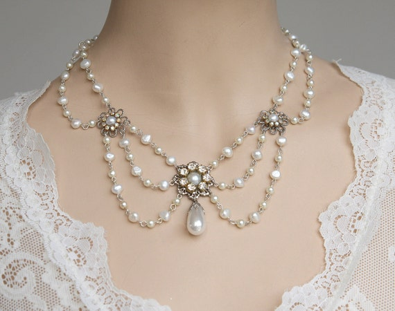 Wedding Pearl Necklace Victorian Bridal Vintage Bridal Necklace Wedding Victorian Necklace pearl Necklace Rhinestone Silver collier Florence
