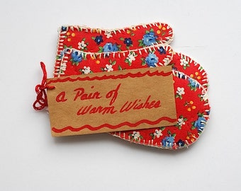 A Pair of Warm Wishes, Gift for Mom Grandma Wife, Handmade Vintage Mid Century House Warming Gift, Mini Pocket Mittens,  Red Winter Mittens