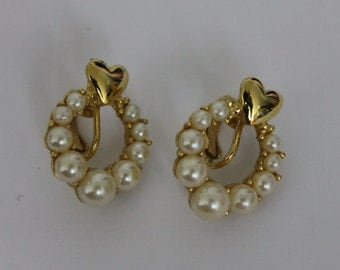 Vintage Earrings Richelieu Faux Pearl Clip On Earrings