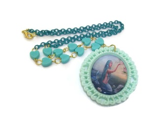 Mint Green Mermaid Cameo Necklace, Pastel Green Heart Beads and Chain, Cute Kawaii Fantasy