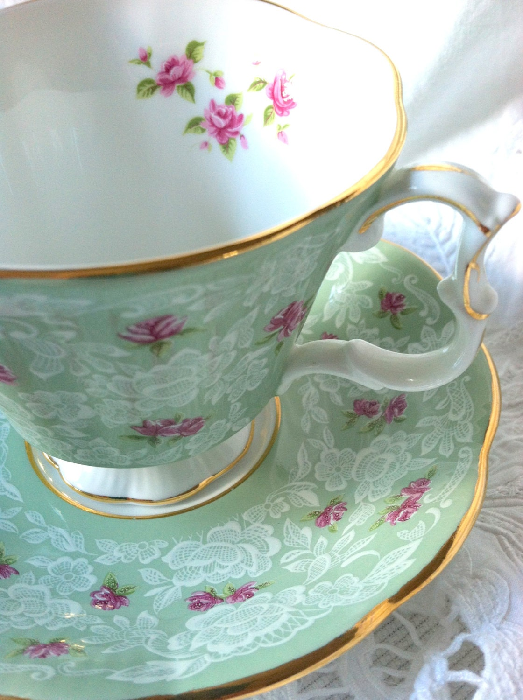 vintage royal albert tea cup and saucer gainsborough. Black Bedroom Furniture Sets. Home Design Ideas
