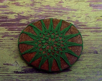 Green Cotton Thread Crochet Covered Stone, Collectible Beach Art, Unique Gift for Home or Office, Handmade, Tiny Stitches, Table Decor
