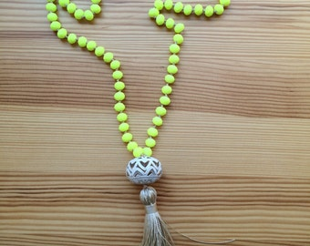 Neon Yellow Necklace. Knot and Tassel Necklace. Summer Neon Necklace. Beachwear necklace. Bohemian necklace