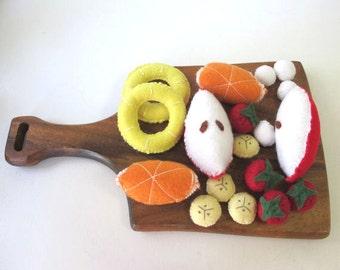 Fruit Felt Food, Fruit Salad Pretend Food, Play Food Banana, Felt Apples, Play Food Fruit, Felt Strawberries, Pretend Food Fruit