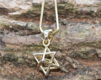 3-D Star of David Gold Necklace // Dainty Magen David Necklace in Plated Yellow Gold // Vintage