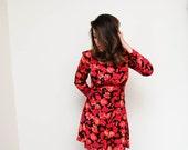 Vintage 90s Bold Fuchsia Floral Mini Dress / Art Print Rayon Mini Dress / Size Medium