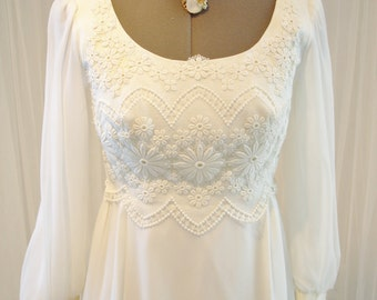 Vintage IGLU Chiffon and Lace Wedding Dress American Made Angelair by Monica