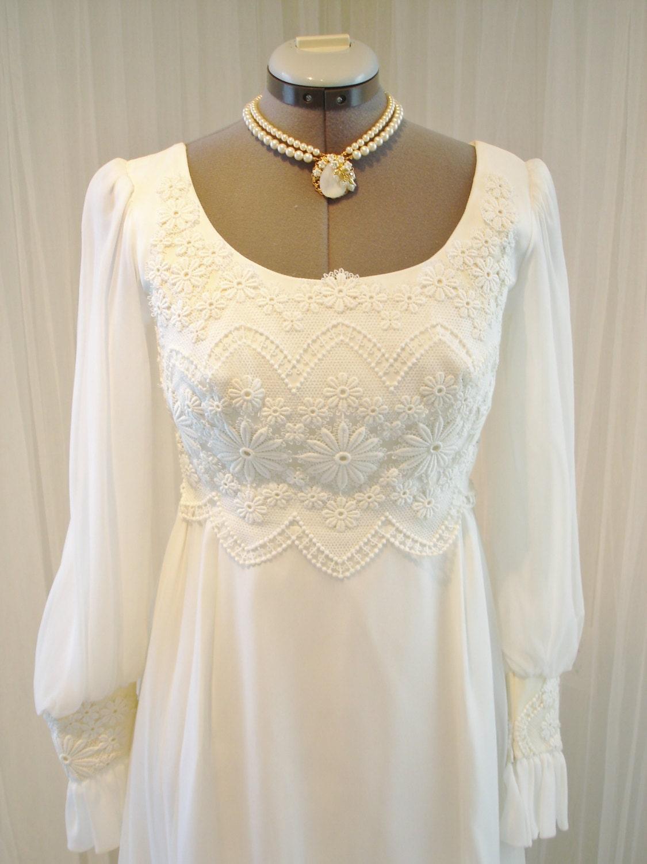 Vintage IGLU Chiffon And Lace Wedding Dress American Made