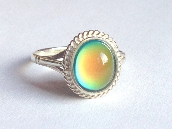 mood ring sterling silver 925 10x8 mm by everise on etsy