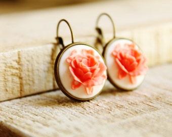 White and Coral Rose Dangle Earrings Retro Style 18mm Earrings Vintage Shabby Chic Earrings Pinup Girl Earrings Romantic Girly Earrings