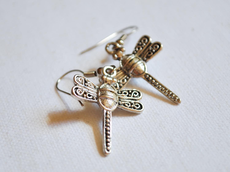 kitsch jewellery silver dragonfly earrings jewellery