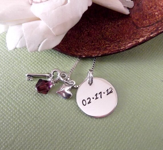Date Necklace- Key and Heart Necklace- Mommy Jewelry- Relationship Necklace- Bridal Jewelry- Bridal Shower Gift- Wedding Necklace