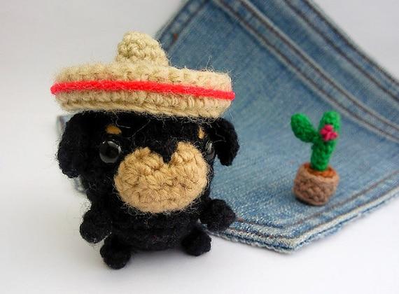 Amigurumi Mini Hat : Amigurumi Rottweiler with mexican hat and a cactus Crochet