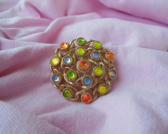 Vintage Sarah Coventry Moon Lites opalescent pin