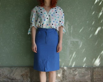 90's vintage women's white shirt/colorful spotted shirt