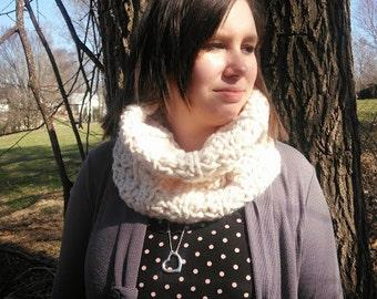 Cream Chunky Cowl Textured Handmade Crochet Neckwarmer Womens Infinity Scarf