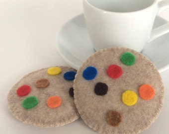 Felt Food: 2 Felt Cookies with M&Ms -- Valentine's Day pretend play, tea set, tea party, felt cookies, gifts for girls, gender neutral