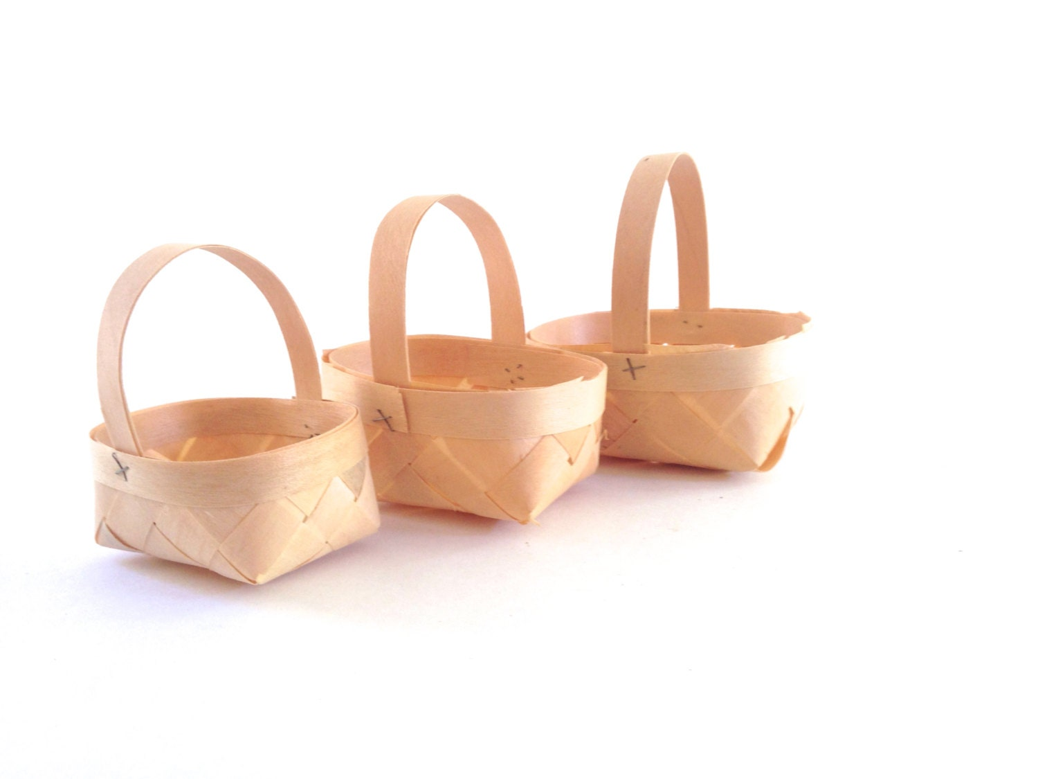 BASKET SALE25% off miniature bamboo nesting baskets