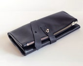 Black leather pouch// Travel organizer// Artist tool, pencil case roll