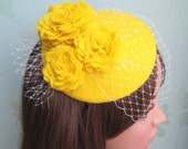 Yellow Felt Hat - Yellow Fascinator, Yellow Cocktail Hat, Wedding Hat, Fascinator, Formal Hat, Rose, Felt Flower