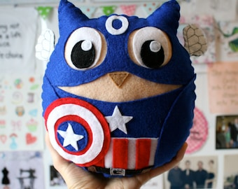 Captain Owlmerica - Captain America Felt Owl Plushie